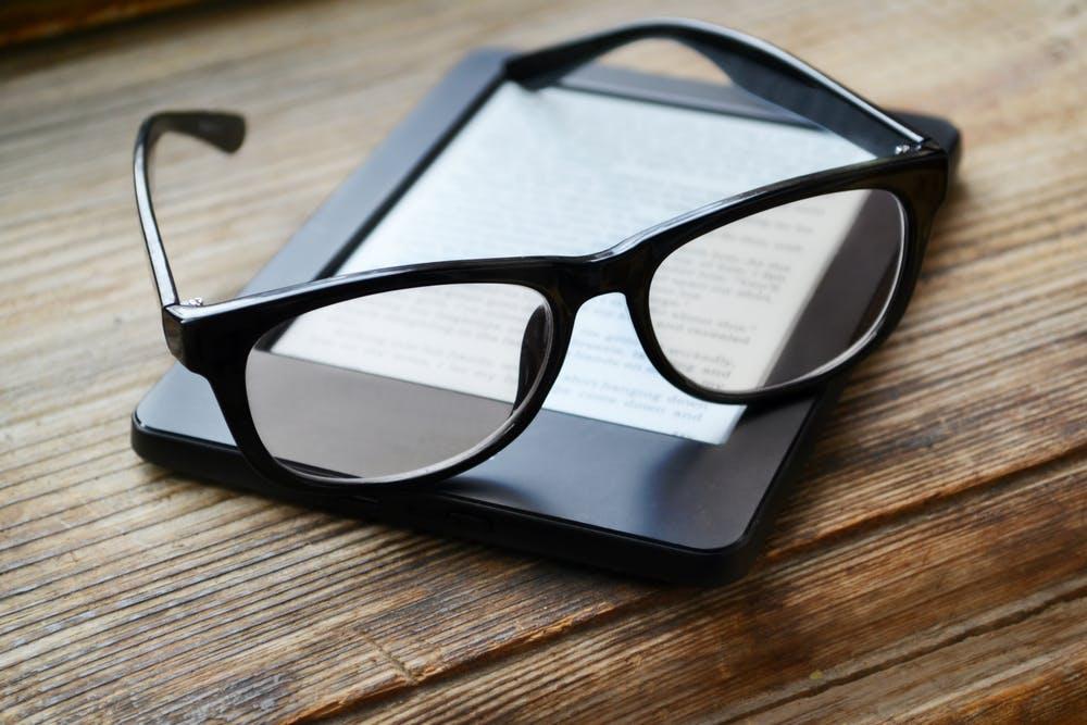 Kommt jetzt doch der Kindle Voyage 2? Amazon-Chef Bezos kündigt neuen Top-E-Reader an