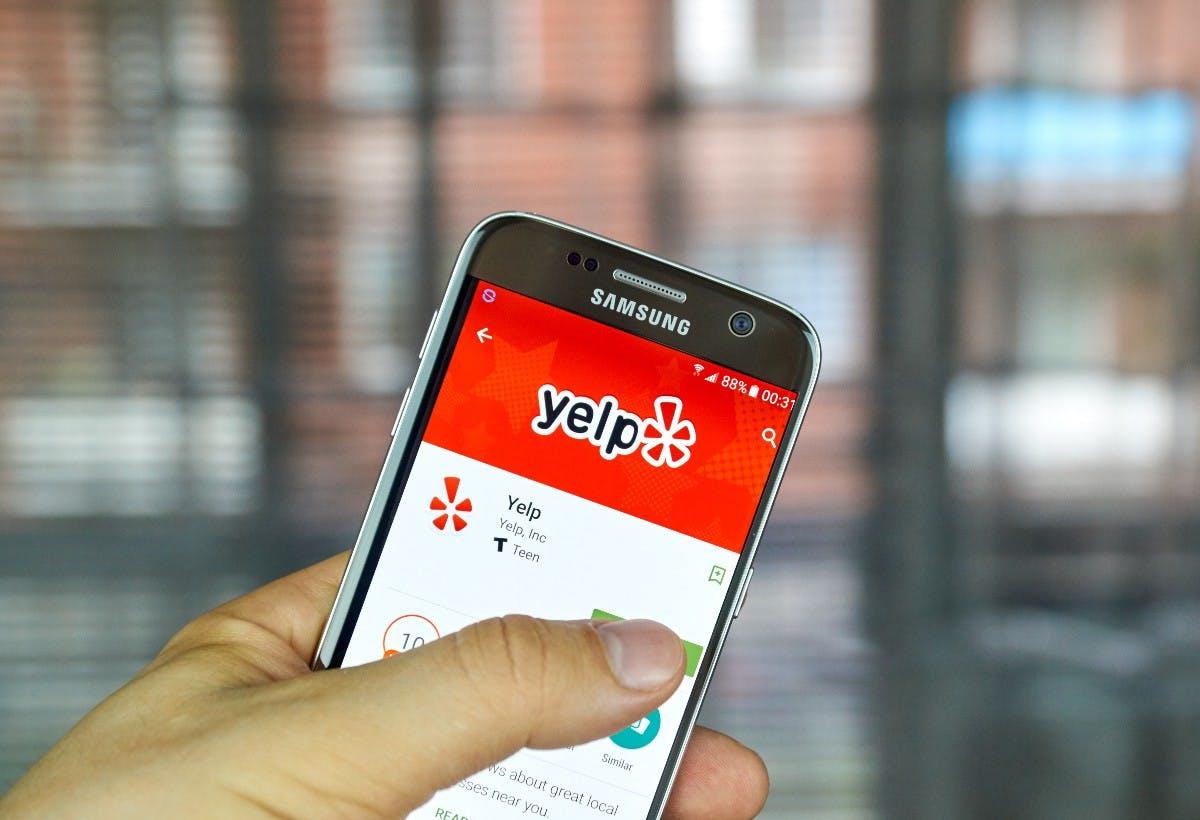 t3n-Daily-Kickoff: Yelp trennt sich von 175 Mitarbeitern weltweit, Hamburg-Büro bleibt