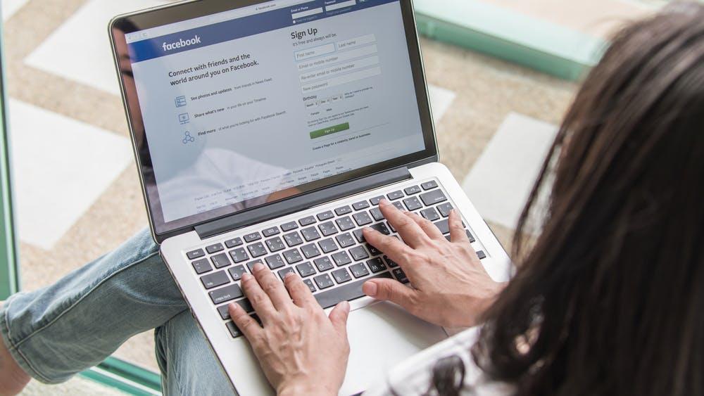 Nicht nur online: Google und Facebook kontrollieren 20 Prozent des Werbemarktes