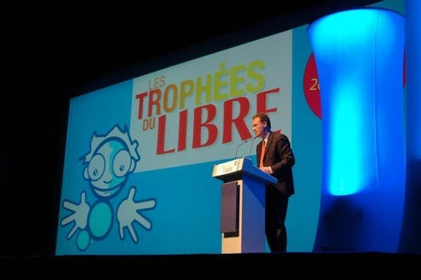 Renaud Dutreil, Sponsor des letztjährigen Wettbewerbs, bei der Preisverleihung.
