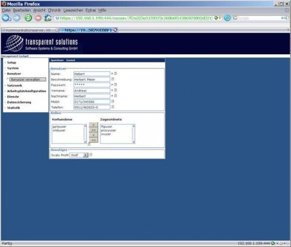 In der open-sbs-Benutzerverwaltung werden zentral die Rollen der Anwender festgelegt, zum Beispiel, ob die E-Mail- und Kalender-Lösung Scalix oder der Dateiserver benutzt werden darf.