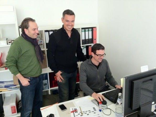 """Die Friendticker-Chefs im Büro in Berlin: Martin Pischke, Uwe Sandner, Florian Resatsch (v.l.n.r.)"""""""
