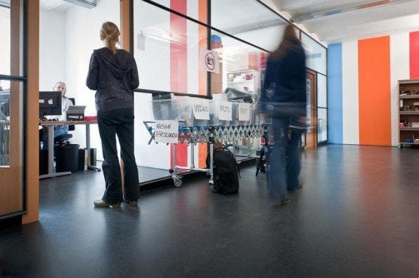In Ingo Quendlers Wohnzimmer nahm alles seinen Anfang, heute sitzt das Unternehmen in großzügigen Büros.