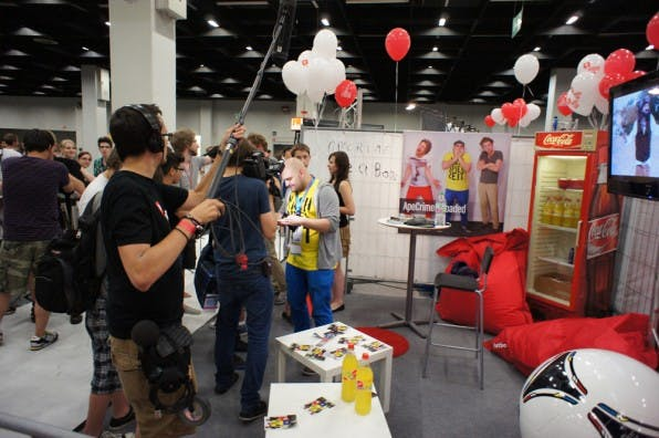 Beim Videoday auf der Gamescom 2012 trafen sich YouTube-Produzenten zum Austausch und für Interviews.