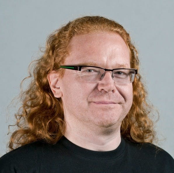 """Christian Heilmann ist Prinicpal Evangelist bei Mozilla und sagt Firefox OS aufgrund des Einsatzes offener Webstandards eine rosige Zukunft voraus: """"Die Idee ist es, das Web in einer offenen, freien und erschwinglichen Art und Weise auf Handys zu bringen."""""""