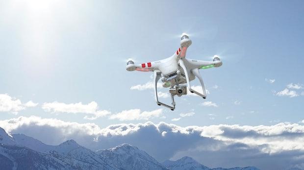 Kameradrohne, Ladepflaster und Hightech-Ring: 8 Gadgets kurz vorgestellt
