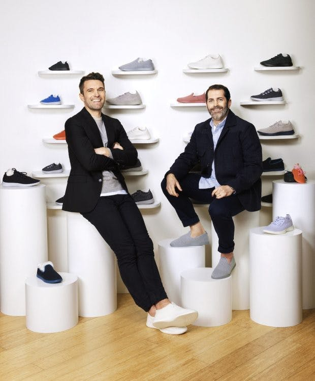 Die Gründer von Allbirds, Tim Brown und Joey  Zwillinger, haben ihr Startup mit den  nachhaltigen Sneakern zur Milliardenbewertung geführt.(Foto: Allbirds)