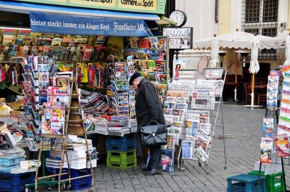 Zeitungskiosk in Rom. Foto: Ed Yourdon. Lizenz: CC-BY-SA.