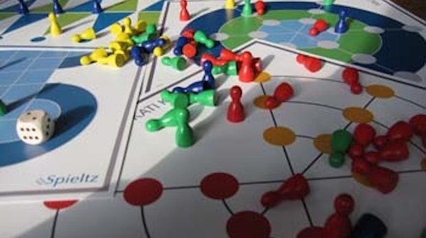 stARTspiel: Kollaborative Entwicklung eines Social Media Brettspiels