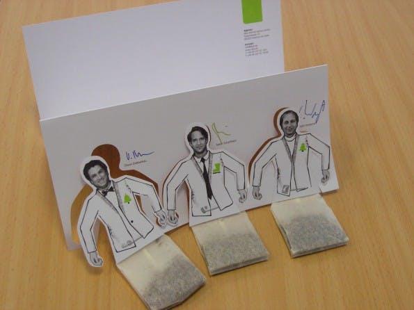 Weihnachtskarten 2010: dkd Internet Service grüßt so grün