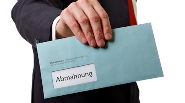 Abmahnung – Nerdcore.de-Blogger verliert seine Domain
