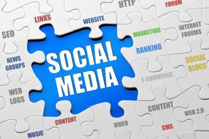 Social Media kann sich auch für kleine Unternehmen lohnen (Bild: © N Media - Fotolia.com).