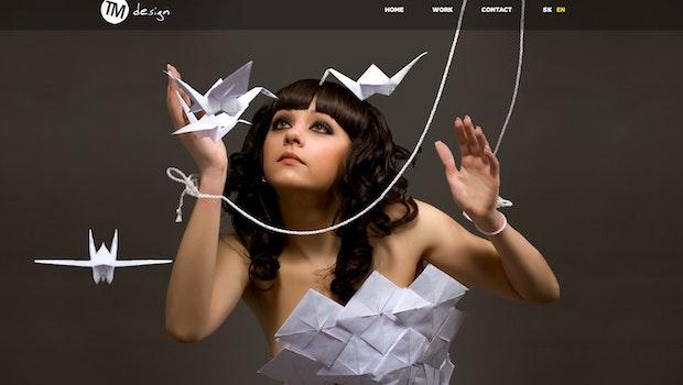 Single Page Webdesign muss nicht überfrachtet sein und bietet reichlich Platz für moderne Effekte.