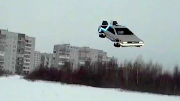 """""""Zurück in die Zukunft"""" – Fan baut fliegenden DeLorean [Video]"""
