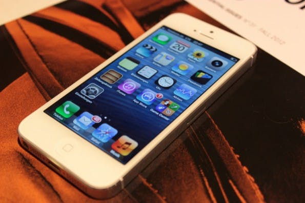 Apple-iPhone-5-Hands-on_4144