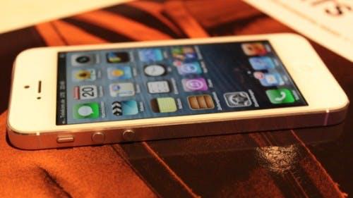 iPhone 5: Foxconn erklärt Lieferprobleme und Gehäuse-Kratzer