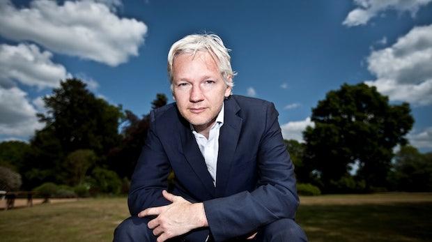 Julian Assange spricht auf dem ConventionCamp 2012
