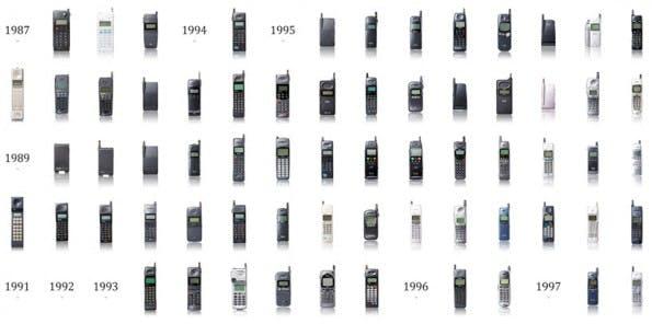Eine Auswahl an Handy-Modellen von 1987 bis 1997 (Bild: designboom)