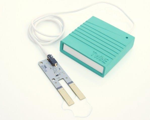 Twine mit einem zusätzlichen, externen Feuchtigkeitssensor.