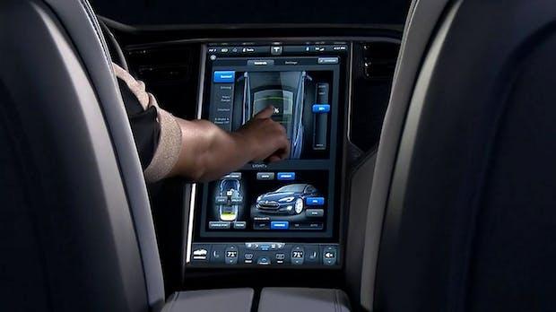 Tesla S: So sehen Dashboard und Bordcomputer des Autos der Zukunft aus