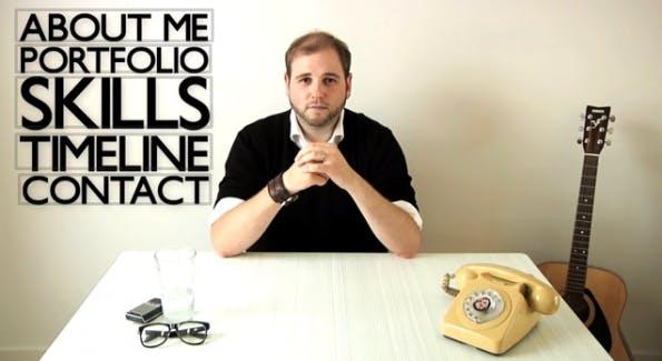 Auch Graeme Anthony setzt auf das Medium Bewegtbild und bindet sogar interaktive Elemente ein. (Screenshot: YouTube)