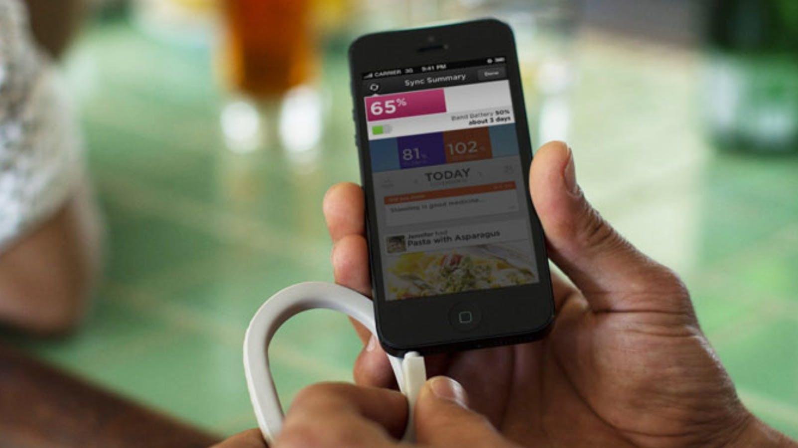 Jawbone Up: Fitness-Tracker öffnet sich für Apple Watch