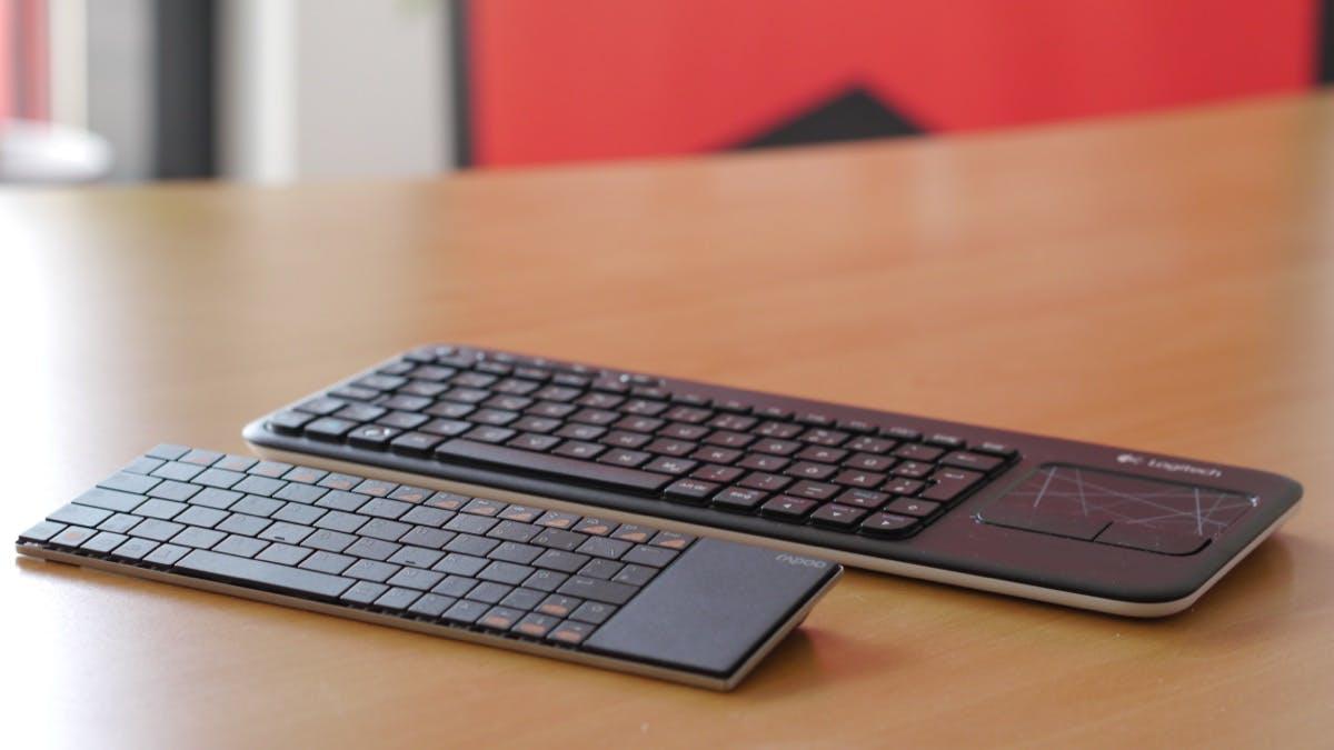Zwei kabellose Funk-Tastaturen mit Touchpad im Vergleich: Welche ist die ideale Ergänzung für HTPC, Raspberry Pi und Co.? Logitech K400 oder Rapoo E2700
