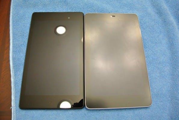 Neu gegen alt: Links ist das neue Nexus 7, rechts das alte Modell aus 2012. (Bildquelle: reddit)