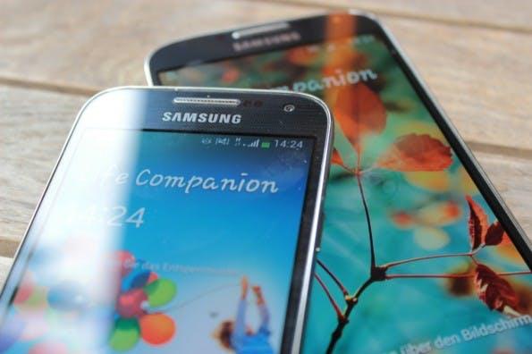 samsung-Galaxy-S4-mini-vs-samsung-galaxy-s4-6983