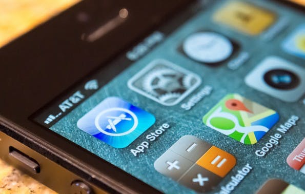 Apple: Das Ranking der Apps bezieht jetzt auch Nutzerbewertungen mit ein. (Bild: Robert S. Donovan / Flickr Lizenz:   CC BY 2.0)