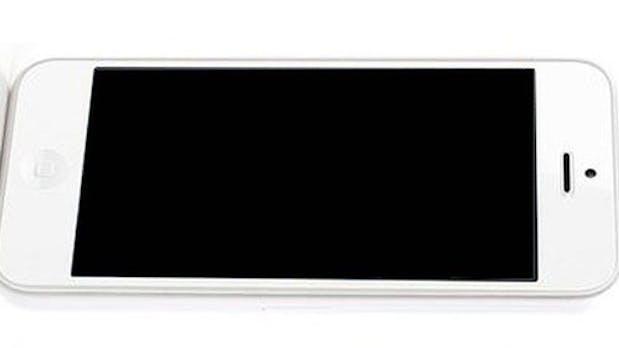 Apple zu langsam – Chinesische Firma kündigt iPhone-5C-Kopie an