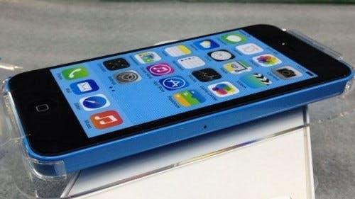 iPhone 5C: Fotos zeigen neues Apple-Smartphone inklusive Verpackung und Quickstart-Guide
