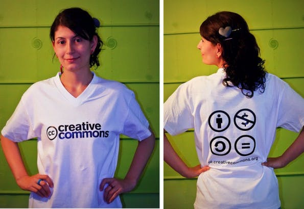 Creative Commons: Wer entsprechende Werke nutzt, sollte dabei gut auf die genutzte Lizenz achten. (Foto: Carlos Caicedo / Flickr Lizenz: CC BY 2.0)