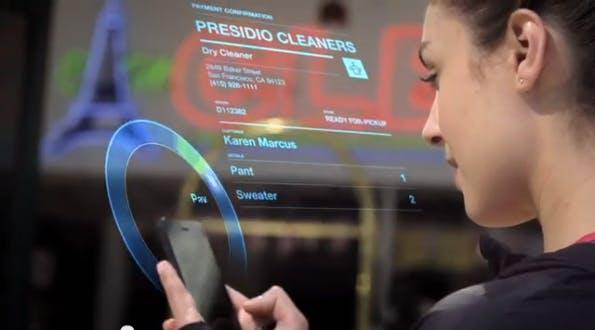 """PayPal Beacon soll """"Hands-Free-Shopping"""" ermöglichen. Quasi-Automatisches Zahlen ohne einen Finger zu rühren. (Screenshot: PayPal.)"""