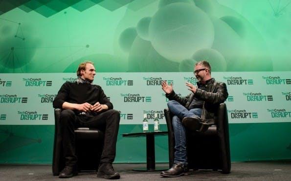 Marc Samwer und Mike Butcher (v.l.) im Gespräch. Bild: TechCrunch/Flickr (CC BY 2.0)