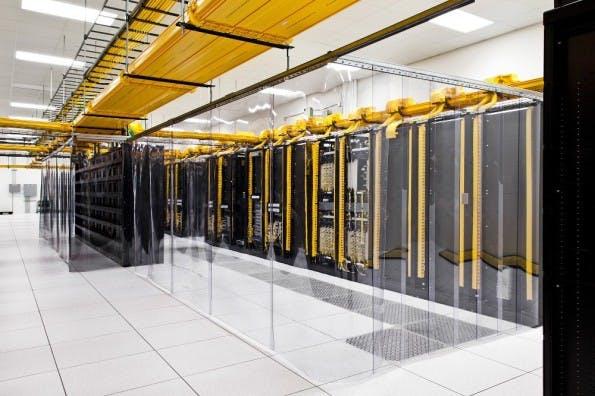 Deepmind: Google macht die firmeneigenen Rechenzentren durch den Einsatz von KI energieeffizienter. (Foto: Google)