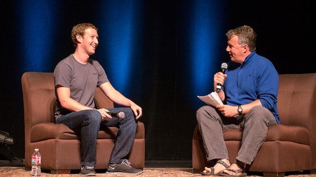 Video: Mark Zuckerberg erzählt aus den Anfangstagen von Facebook [Y Combinator Startup School 2013]