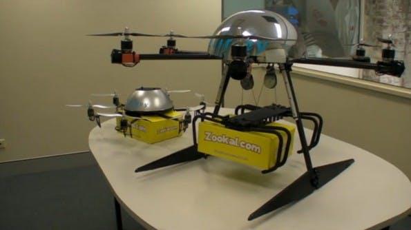 Die Liefer-Dronen von Flirtey existieren in unterschiedlichen Varianten, mit unterschiedlichen Liefer-Mechanismen.(Screenshot: Zookal/Flirtey)