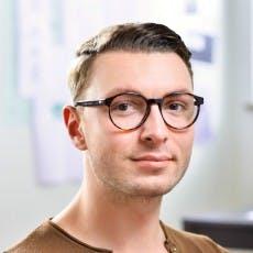"""Gemeinsam mit seiner Frau Mona hat Steffen Siewert (27) """"airfy"""" gegründet. Die Mission: Stadtweites WLAN, das sicher, einfach und kostenlos ist. (Foto: airfy)"""