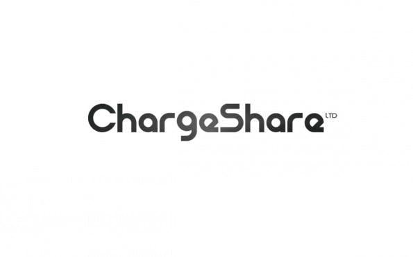 ChargeShare ist die Symbiose aus Smartphone-Dock, mobilen Akku und Reiseadapter. Das soll ortsunabhängiges Aufladen ohne Stecker ermöglichen. (Screenshot: Berlin Hardware Accelerator)