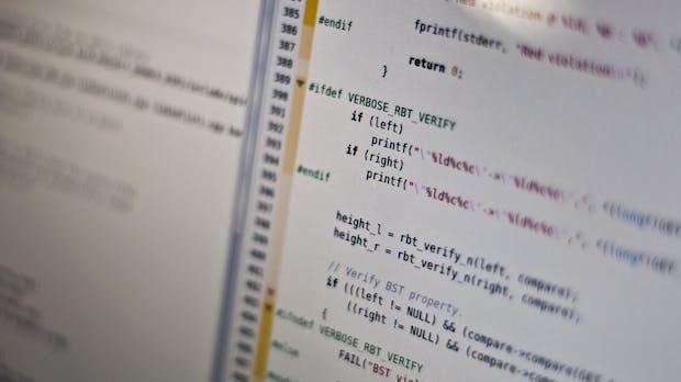 Von Windows bis Facebook: So viele Codezeilen stecken in bekannten Software-Projekten [Infografik]
