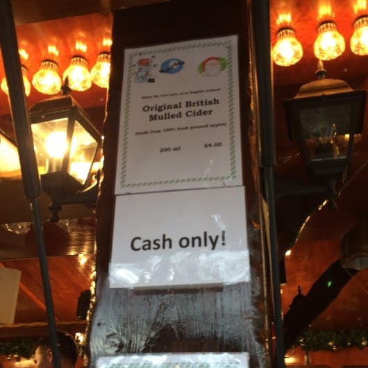 Mobile Payment in England. Barzahlungen sind die Ausnahme (Foto: Maik Klotz)