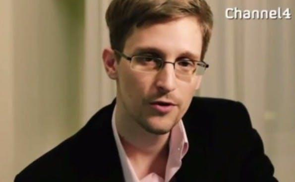 """Edward Snowden spricht im britischen Fernsehen: """"Das Privatleben hilft uns zu bestimmen, wer wir sind und wer wir sein wollen."""" (Screenshot YouTube)"""