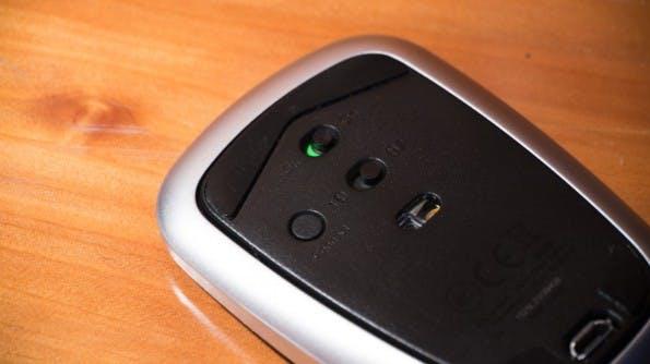 Die T630 von Logitech kann sich mit zwei Bluetooth-Geräten verbinden, ohne neu gekoppelt werden zu müssen. (Foto: Moritz Stückler)