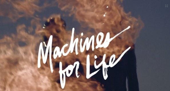 """""""Machines for Life"""" ist ein vergleichsweise kurzes Stück im Bereich des Scrollytelling. (Screenshot: pitchfork.com)"""