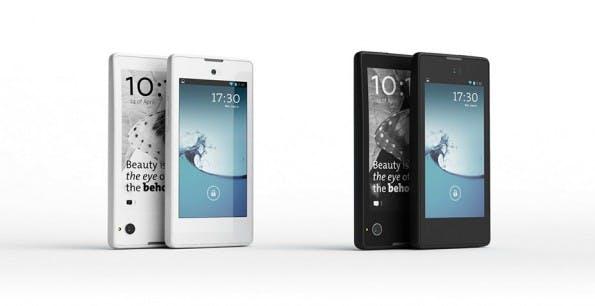 Das YotaPhone verfügt über zwei Displays. (Quelle: yotaphone.com)