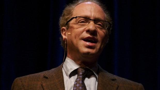 8 Zukunftsthesen von Ray Kurzweil: Ewige Jugend, selbstfahrende Autos und 100 Prozent Solarenergie