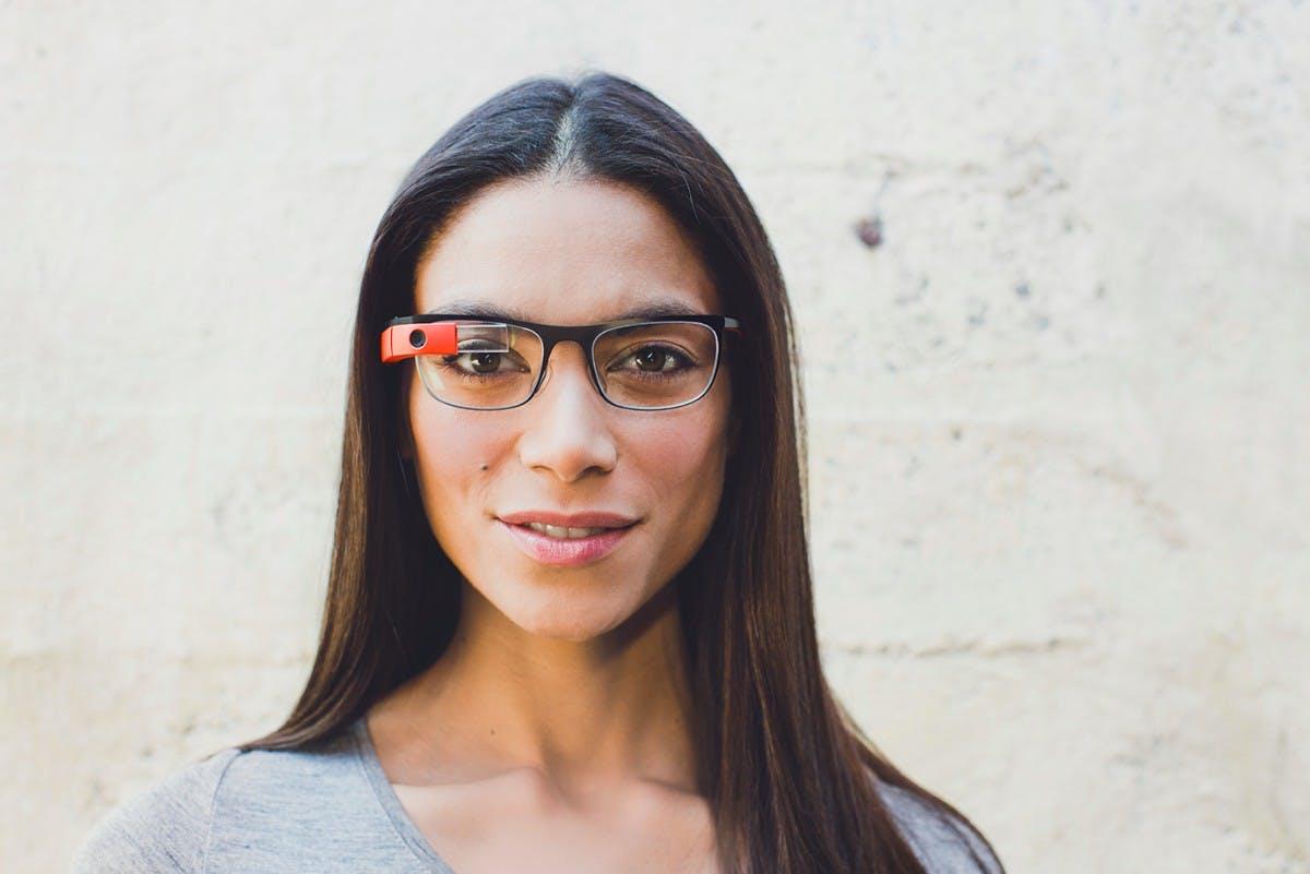 Sei kein hässliches Glasshole: Google Glass mit 5 neuen Designer-Modellen