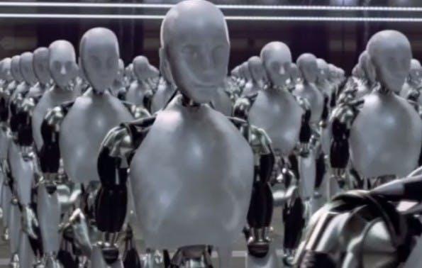 """Szene aus """"I, Robot"""": Google unternimmt große Schritt in Sachen künstliche Intelligenz und Roboter-Technik. (Screenshot: YouTube)"""