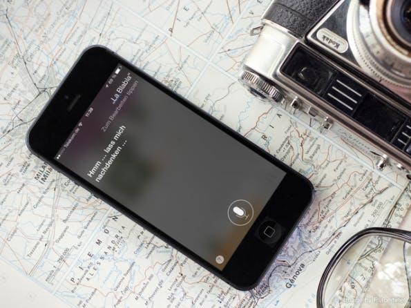Siri versteht dich! (Image by Placeit.net)